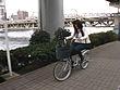 これが限界ギリギリ露出街中潮吹き アクメ自転車がイクッ!! アクメ第4形態 ~ロリータ美少女vs潮吹きお姉さんの巻~